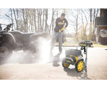 Image of Champion Power Equipment 3200-PSI 2.5 GPM Low Profile Gas Pressure Washing Machine