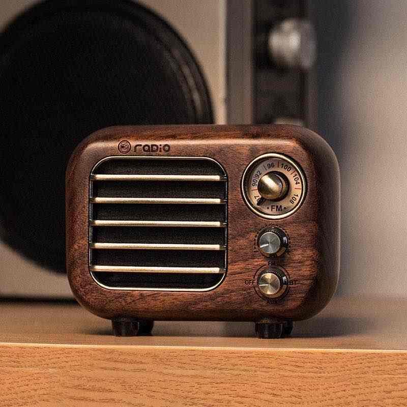 Picture of Retro FM Radio Bluetooth Speaker