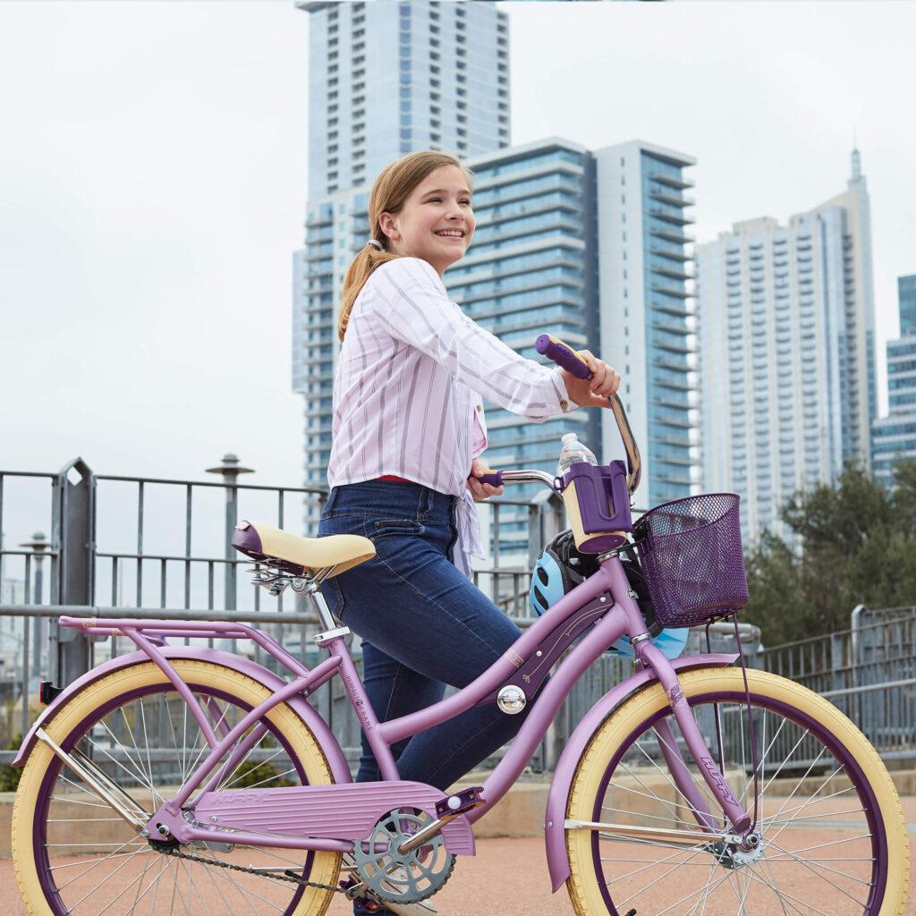 "Image of Huffy 24"" Nel Lusso Girls' Cruiser Bike"